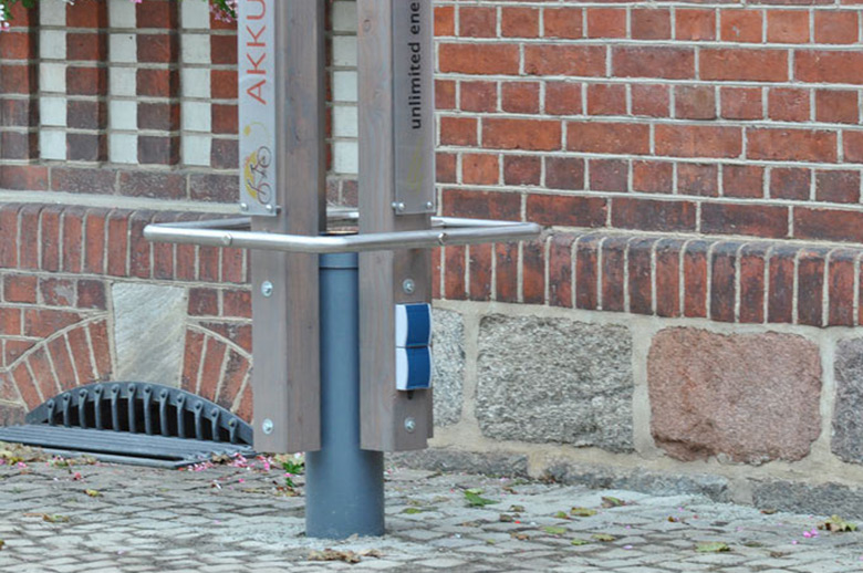 ladesauele_denkmal_schutz_rathausdetails_buegel780
